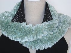 Ruffle Scarf Knitted Glitz Mint Green Acrylic by MinnieCreation, €19.32