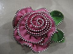 rose zipper brooch