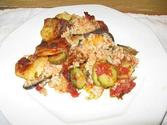 Tiella Barase-rice, potatoes and mussels Via Cooking with Nonna New Cooking, Cooking Recipes, Healthy Recipes, Yummy Recipes, Italian Cooking, Baked Ziti With Sausage, Sausage Meatballs, Italian Dishes, Italian Recipes