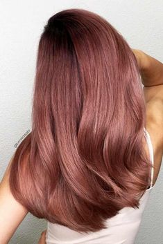 21 Breathtaking Rose Gold Hair Ideas You Will Fall in Love With Instantly ★ Peachy Shades of Rose Gold Hair Picture 4 ★ See more: http://glaminati.com/rose-gold-hair/ #rosegoldhair #rosegoldhairstyle