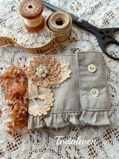 Shirt cuff repurposed into a needle book. Todolwen: Creative Leftovers .. A Needle Book