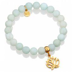 Błękitne jadeity z lilijką.  #bracelet #mokobelle #lilly #bransoletka #spring #fashion #collection #jewelry #jewellery #accessories #lightblue