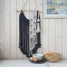 This produces understanding in plan, wherever rooms are expected and uncomplicated. Easy forms, start ground plans, little interior walls, modest. Macrame Design, Macrame Art, Macrame Projects, Macrame Knots, Hobbies And Crafts, Diy Crafts To Sell, Macrame Curtain, Macrame Tutorial, Macrame Patterns