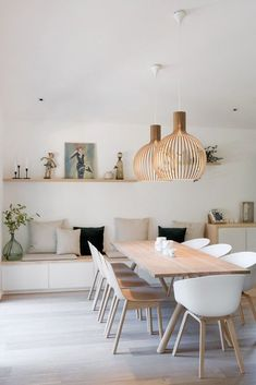 Get inspired by these dining room decor ideas! From dining room furniture ideas, dining room lighting inspirations and the best dining room decor inspirations, you'll find everything here! Room, Room Design, Dining Room Design, Room Interior, Living Room Decor, House Interior, Dining Room Decor, Room Furniture, Dining Room Furniture