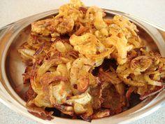 One of my favourite indian foods the traditional onion bhaji recipe onion bhajis and cauliflower pakoras gf forumfinder Gallery