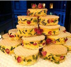 Persian Desserts, Persian Recipes, Iran Food, Iranian Cuisine, Arabic Food, Arabic Dessert, Arabic Sweets, Homemade Ice Cream, Crack Crackers