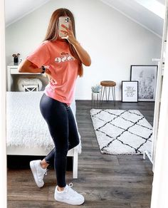 Casual School Outfits, Teen Fashion Outfits, Casual Winter Outfits, Mode Outfits, Outfits For Teens, Sporty Outfits, Stylish Outfits, Womens Fashion, Teen Leggings