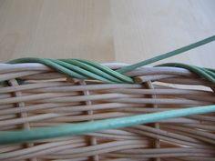 21) Obtáčená zavírka - Pedig a košíky Garden Hose, Bushel Baskets