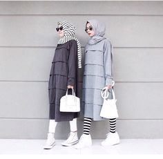 Discover recipes, home ideas, style inspiration and other ideas to try. Street Hijab Fashion, Abaya Fashion, Modest Fashion, Casual Hijab Outfit, Hijab Dress, Hijab Style, Hijab Chic, Moslem Fashion, Modele Hijab
