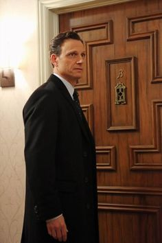 Tony Goldwyn in Scandal Scandal Quotes, Glee Quotes, Scandal Tv Series, Scandal Abc, Abc Shows, Great Tv Shows, Fitzgerald Grant, Olivia And Fitz, Arrow Tv Shows