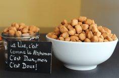 ATCHOMON 🇧🇯 – Plein d'épices Beignets, Food Dishes, Dog Food Recipes, Tableware, Kitchen, Chin Chin, Ramadan, Pastry Recipe, African Cuisine