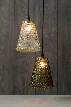 #Kremmerhuset #Interior #Inspiration Mason Jar Lamp, Table Lamp, Ceiling Lights, Lighting, Glass, Retro, Home Decor, Lamp Table, Decoration Home