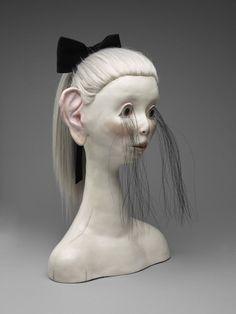 Sculpture by Canadian artist, Shary Boyle Bizarre Kunst, Bizarre Art, Female Monster, Art Courses, Effigy, Foto Art, Canadian Artists, Horror Art, Installation Art
