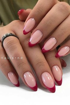 41 Pretty Ways to Wear Red Nails Red Tip Nails, Dark Red Nails, Gold Nails, My Nails, Short Red Nails, Red Matte Nails, Pink Nail, French Nails, Ongles Gel French