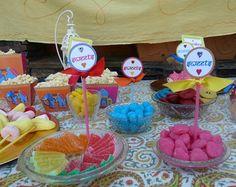 Fiesta infantil Bollywood: ¡impactante puesta en escena! | Fiestas infantiles y cumpleaños de niños 7th Birthday, Happy Birthday, Lollipop Party, Bollywood, Ideas Para Fiestas, Childrens Party, Baby Shower Parties, Bridal Shower, Diy Crafts