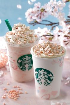 Starbucks Sakura Blossom bBeverages are as gorgeous as cherry blossoms in spring.