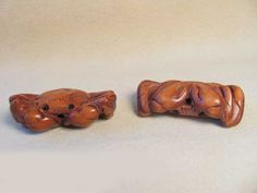 CANCER! Hand CARVED & Signed CRAB BOXWOOD Bead 4128J - Premium Bead