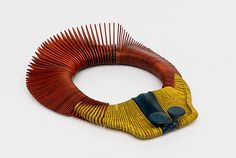 Necklace | Liv Blåvarp.  Wood.