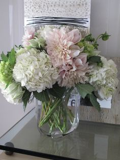 perfect!! hydrangea and dhalias