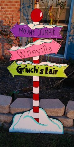 whoville yard art by PlayfulYardArt on Etsy (christmas art grinch) Grinch Party, Le Grinch, Grinch Christmas Party, Grinch Who Stole Christmas, Office Christmas Party, Christmas Wood, Grinch Pills, Xmas Party, Diy Christmas Yard Art