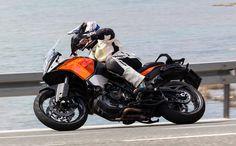 KTM 1190 Adventure vs. BMW R 1200 GS Test
