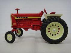 International 1206 | Ertl IH International Harvestor Turbo Farmall 1206 Diecast TOY Farm ...