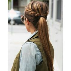 Idees cheveux attaches hiver 2015