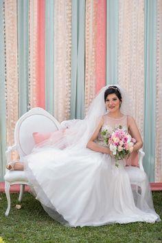 Karina & Miguel: Goldene Landhochzeit im Spätsommer MAIK DOBIEY http://www.hochzeitswahn.de/inspirationen/karina-miguel-goldene-landhochzeit-im-spaetsommer/ #wedding #summer #bride