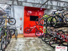 ¿Estás buscando una bicicleta para ponerte en forma o para divertirte? Ven a probar nuestras bicis hoy. Te esperamos en nuestros locales de la Av. Reducto 1017 - Miraflores y Av. Emilio Cavenecia 173 - Miraflores. Para cualquier consulta llámanos al 241-5892 o 489-9325.
