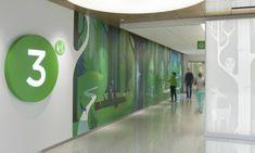 Studio SC created an artful wayfinding program for Seattle Children's Hospital. Clinic Design, Healthcare Design, Environmental Graphic Design, Environmental Graphics, Wayfinding Signage, Signage Design, Directional Signage, Seattle, Hospital Signage