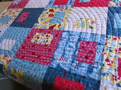 Love the look of circular quilting. www.etsy.com/shop/TheSunnySideofHeaven