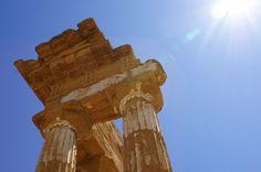 Siamo pronti ad accoglierti per offrirti esperienze uniche! www.albachiararooms.it Experience of Interlude hotels & resorts #Agrigento #Sicily