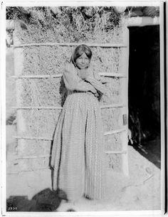 Chemehuevi girl - circa 1900
