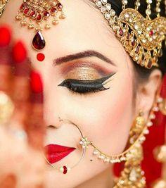 Inspiration for bridal hair and makeup! Bridal makeup Indian dramatic look Loading. Inspiration for bridal hair and makeup! Bridal makeup Indian dramatic look Asian Bridal Makeup, Bridal Makeup Looks, Bridal Hair And Makeup, Bride Makeup, Bridal Beauty, Bridal Looks, Wedding Makeup, Bridal Style, Wedding Bride