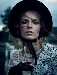 Fall lighting inspiration. Mina Cvetkovic by Nathaniel Goldberg for Vogue Russia March 2015.