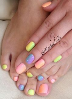 A cute way to never decide between 3 colors again :)