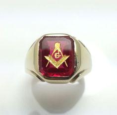 Mens Vintage Synthetic Ruby Masonic Ring 10K Solid Yellow Gold - Size 9.5 Mason  #MasonicRing #Masonic