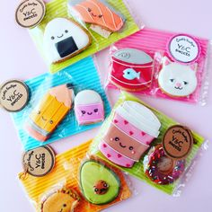 How to Make Easy Sugar Cookies for Valentines Day Kids Will Love Partner cookies donuts coffee pencil eraser salmon sushi rice Easy Sugar Cookies, Fancy Cookies, Heart Cookies, Iced Cookies, Cute Cookies, Royal Icing Cookies, Cupcakes, Cupcake Cookies, Kawaii Cookies