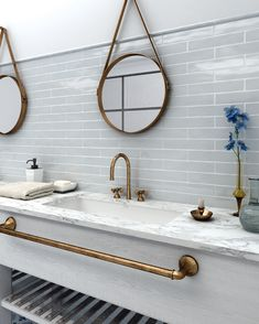 Presenting the rustic multi coloured commercial tile range from CTD Architectural. The multi-coloured subway tiles come with a matt finish Bathroom Floor Tiles, Bathroom Wall Decor, Bathroom Colors, Rustic White, Manhattan, Background Tile, Bathroom Design Layout, Grey Countertops, Beach House Kitchens