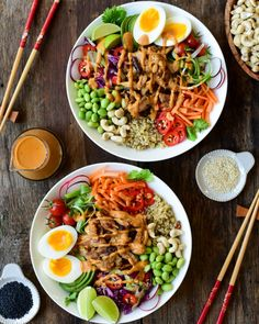 """Leftover Canadian Raised chicken NEVER goes to waste in our house! It's perfect for lunches or to repurpose for a weeknight meal! This tasty grain bowl with peanut sauce, transforms """"fridge-finds"""" into a satisfying (and pretty) dinner! #leftoverrecipe #chickenrecipe #chickenbowl #healthymeal How To Cook Quinoa, How To Cook Chicken, Grain Bowl, Low Sodium Soy Sauce, Cabbage Slaw, Leftovers Recipes, Peanut Sauce, Healthy Recipes, Free Recipes"""