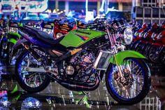 Ideas For Motor Bike Matic Toyota Vios, Bike Quotes, Drag Bike, Kawasaki Ninja, Sport Bikes, Drag Racing, Stunts, Evo, Cars And Motorcycles