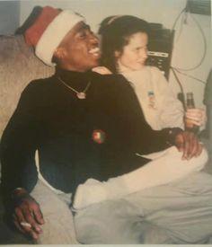 """"""" Tupac on Christmas day :)"""""""