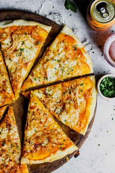 5 Ingredient Pumpkin and Gouda Pizza   Dishing Out Health Gouda, Pizza Recipes, Dinner Recipes, Cooking Recipes, Sandwich Recipes, Vegetarian Pizza, Vegetarian Recipes, Vegan Meals, Red Onion Pizza
