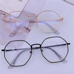 Glasses Frames Trendy, Cool Glasses, Trending Glasses Frames, Stylish Glasses For Women, New Glasses, Eyeglass Frames For Men, Eyeglasses Frames For Women, Glasses Trends, Lunette Style