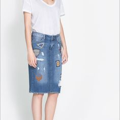 I just discovered this while shopping on Poshmark: Zara patched denim skirt. Check it out! Price: $31 Size: M, listed by txilbrin