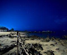 Starry sky over Playa Chica in #lanzarote  @lanzarote @lanzaroteinformation @lanzaroteworld @visit.lanzarote @sdlnl @cidlanza @nikonphotocontest @nikon_landscape @nikoneurope #nikond750 #nightphotography #photooftheday #instasky #stars #nightsky #milkyway #beach #diving @paditv #canaryislands #canaryislandspictures #lanzarote2017 #lanzarotebeach #lanzaroteworld #lanza #lanzavibes #holidaysnaps
