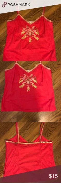 🌺🌼🌸Gorgeous Tommy Hilfiger Top🌸🌺🌼 Sz  Lg Wow this vibrant shade of pink or maybe even a touch of red, embellished with gold sequins is a head turner 🌺 i'm sorry to see this go! Definitely one of my favorites. I can't even begin to tell you how many  compliments I got on this top💗 Size Large Hidden side zipper 100% cotton  Excellent  condition. Tommy Hilfiger Tops Camisoles