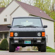 """1,541 Likes, 6 Comments - @landroverphotoalbum on Instagram: """"1995 Range Rover Classic LWB in Epsom Green By @congletonservice #landrover #RangeRover…"""""""