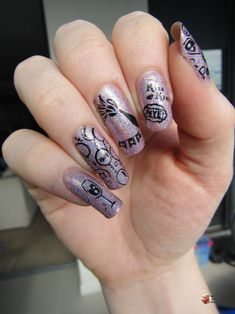 2020 is nearly coming to an end and I truly can't wait! Bring on 2021 which is hopefully a better year. End the year with a bang and create some awesome nails!! New Years Nail Designs, New Year Designs, Simple Nail Art Designs, Easy Nail Art, Pink Nail Art, Pink Nails, Stamping Plates, Nail Stamping, New Years Eve Nails