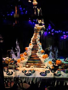 Disneyland // Haunted Mansion Holiday // Gingerbread House 2012 // Jack Skellington